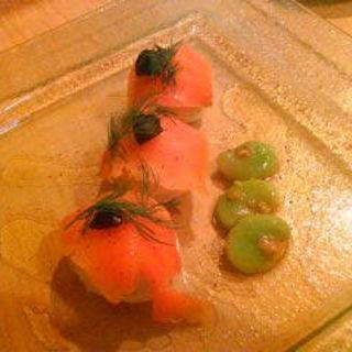 サーモン寿司(酉吉)
