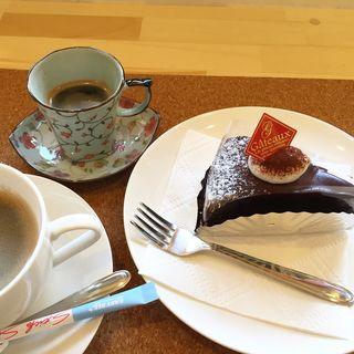 ケーキセット(Cake shop Fukujudo)