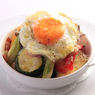 温野菜 卵のせ(トラットリア ガルガ)