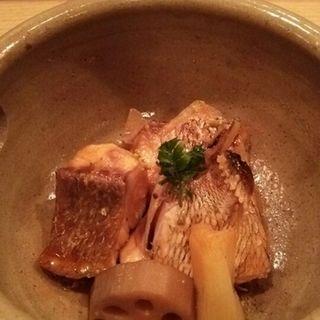 鮮魚の煮つけ(蝶や)