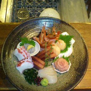 鮮魚の盛り合わせ( izakaya 司)