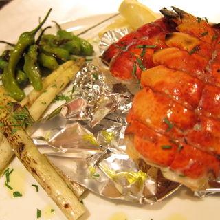 1尾まるごとオマール海老と美味しい野菜の炭火焼き(トンネル+ (トンネルプラス))