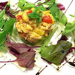 カニと卵のサラダ仕立て(トラットリア カンティーニ )