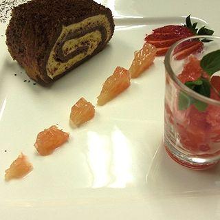 チョコレートロールケーキ(トラットリア カンティーニ )