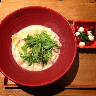 きのこ蒸し鶏の豆乳クリームうどん(Cセット)(コトコトサリョウ 新宿ミロード店 (COTO-COTO茶寮))