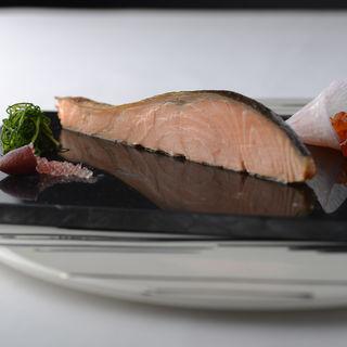 幻のスモークサーモン(Steak Dining Vitis (ステーキダイニングヴィティス))