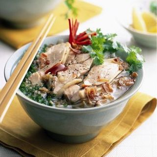 チャーシューと葱のフォー(Vietnam Alice)