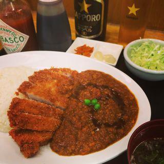 厚切りもち豚カツカレー(麺奏 ハモニカ)