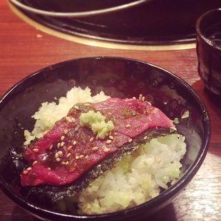 生ロース丼(十々 西麻布店 (ジュウジュウ))