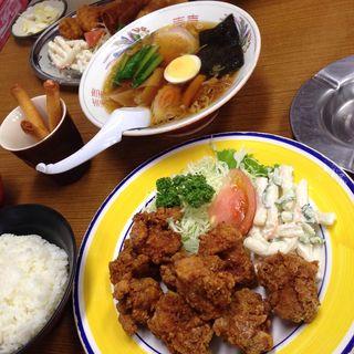 唐揚げ定食(有賀ドライブイン )