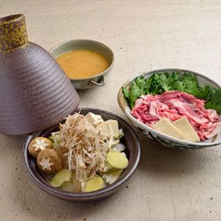 冬野菜と鱈の牛野菜味噌鍋(WASHOKU錦繍楼 (ワショクキンシュウロウ))