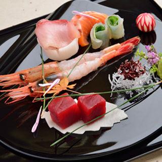 鮮魚の盛り合わせ(WASHOKU錦繍楼 (ワショクキンシュウロウ))