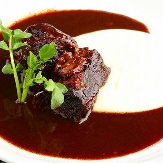 ラム肉の赤ワイン煮込み(村瀬 (チーズ アンド ワインサロン・ムラセ))