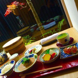 鯛茶漬け御膳(鯛匠 HANANA (タイショウ ハナナ))
