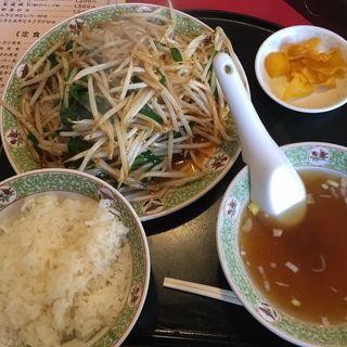 ニラレバ定食(川平飯店 )