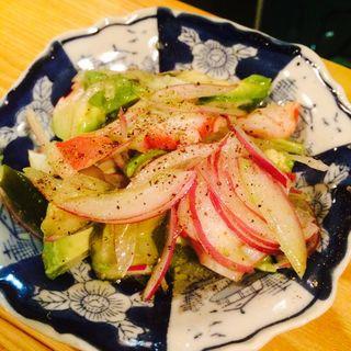 きゅうりのピクルスとタコ、アボカドのマリネ(スモール フード (Small Food))