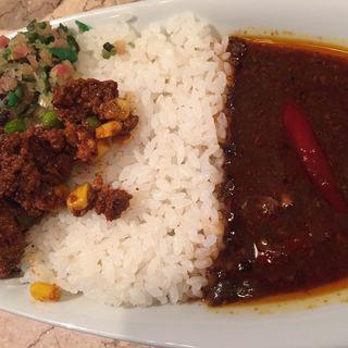 ビーフと野菜とチキンキーマ(カマル (kamal))