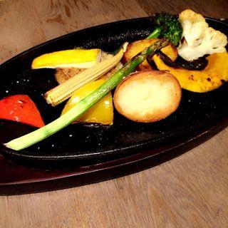 野菜のオーブン焼き ストゥーブで(ワインバル ピノ )