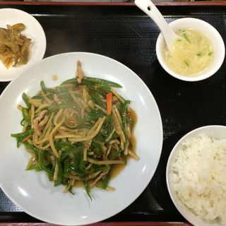 豚肉とピーマンの細切り炒め(味香春 )