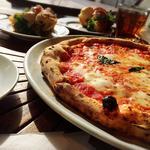 昼からピザがガッツリ食べたい! 新宿のおすすめピザランチ
