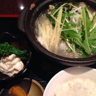 鶏と春雨の生姜鍋(和楽宮 )