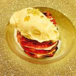 本日のデザート(焼きリンゴとアイスクリーム金粉のせ)(hasegawa (ハセガワ))