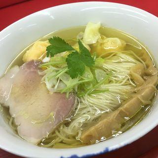 塩海老ワンタン麺(らぁ麺屋 飯田商店 )