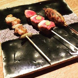 鴨串焼き3種(鴨とワイン Na Camo guro (カモトワインナカモグロ))