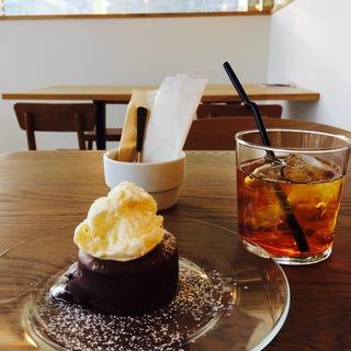 フォンダンショコラケーキセット(エブリデイ カフェ (everyday cafe))