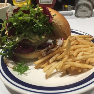 Aging beef burger (J.S. BURGERS CAFE 渋谷店)