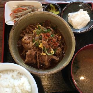 牛すき焼き風煮込み膳(ガラリ (GALALI))