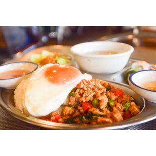 鶏挽肉と野菜のバジル炒め(ペパカフェ・フォレスト (pepacafe FOREST))