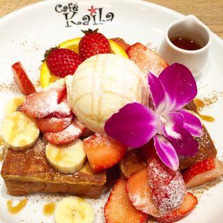 カイラ・フレンチトースト(イチゴ・バナナ・バニラアイスのせ)(Cafe Kaila舞浜店 )