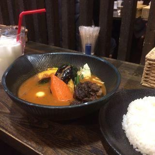 牛肉の赤ワイン煮to野菜カレー(lavi)