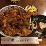 天丼(えび1本、きす1本、かき揚げ1本)(大黒家天婦羅 別館 (だいこくやてんぷら))