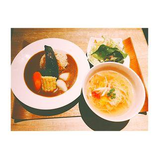ゴロゴロ野菜のベジカレーライス&Veganトマトラーメン(6BT (シックスビーティー))