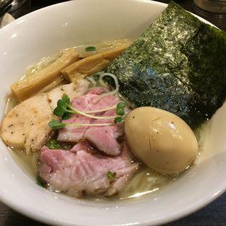 味玉鶏だし塩ラーメン(ほん田 niji )