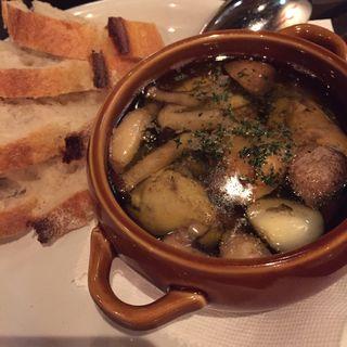 燻製牡蠣のアヒージョ(オイル煮)(オリオン (Restaurant Bar ORION))