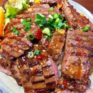 ステーキ丼(大盛)(りょぞぶふ (ryozo beef))