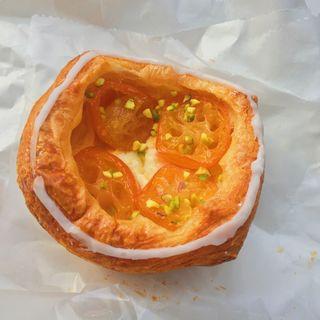 金環とクリームチーズのデニッシュ(ユヌクレ (uneclef))