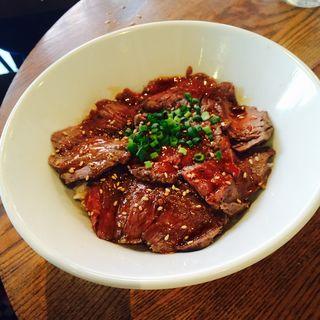 ハラミ丼(京鼎樓バル (ジンディンロウバル))