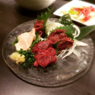 馬刺し4種盛り合わせ(馬か正直 新宿東口店 )