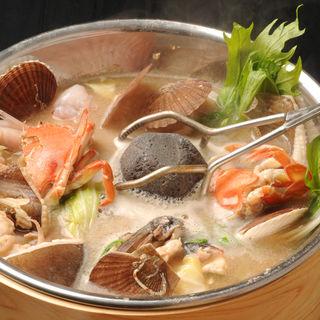 石焼わっぱ鍋(夜ばなし 旬魚季菜)