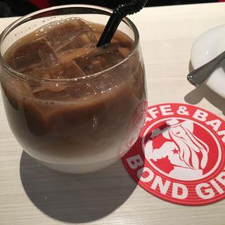 カフェ(ボンド カフェ (BOND CAFE))
