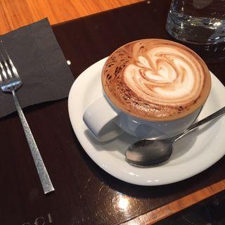 カプチーノ(GUCCI CAFE)
