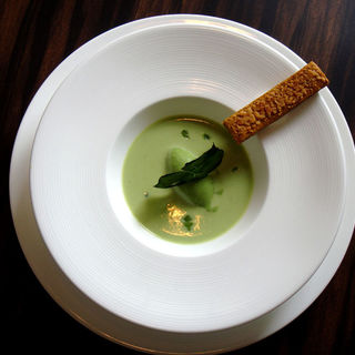 抹茶のアイス ソース仕立て(ア・ラ・ルーシュ )
