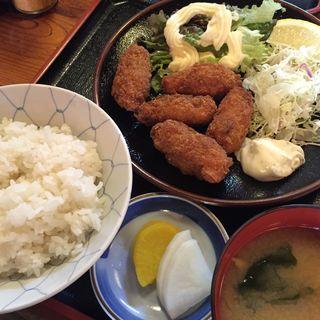 カキフライ定食(期間限定)(丸屋 体育館前支店 )