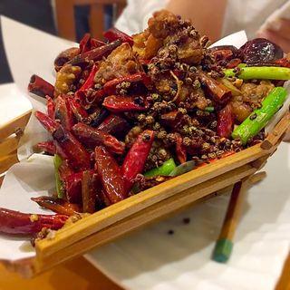 鶏肉と山椒の唐辛子炒め