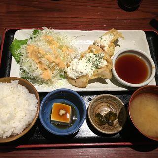 秘伝ダレのチキン南蛮(てけてけ 田町店 )