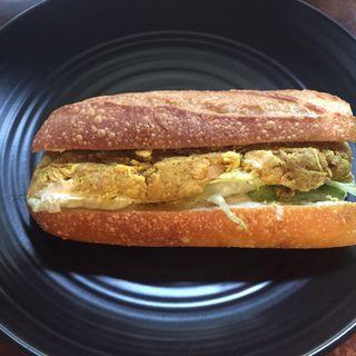 ピーレキュリー 鶏肉のカレー味ピネグレットソース(シャポードパイユ)